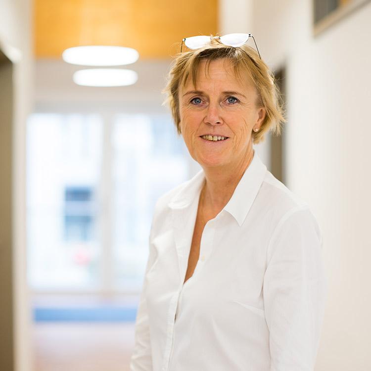 Christine Weidner
